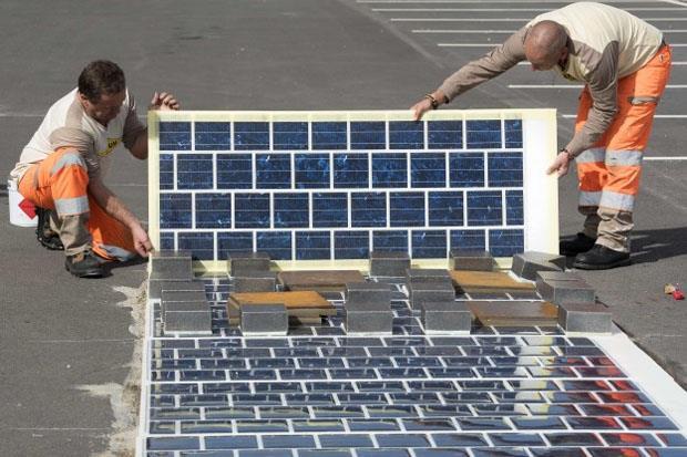 法政府鋪「太陽能道路」,全長可繞台灣一圈、供500萬人用電...還能減少車禍發生