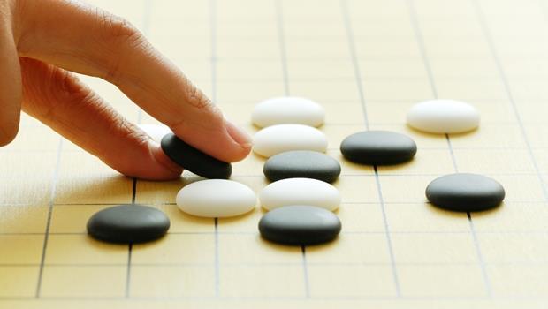 人工智慧對決棋王3連勝!不是用win,「戰勝」的英文怎麼說?