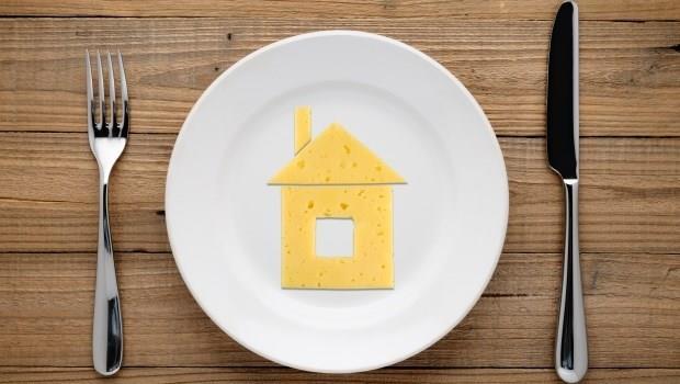 上班族買房第一步:昭告天下「我要存錢買房了,聚餐唱歌別找我」