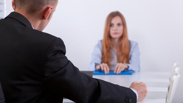 「老闆是不是針對我?」被主管約談時,丟掉3種內心OS,溝通更順利