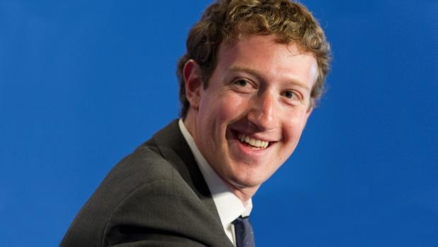 別被佐伯格的笑臉騙了!從Google到Facebook...緊張兮兮的執行長才能生存