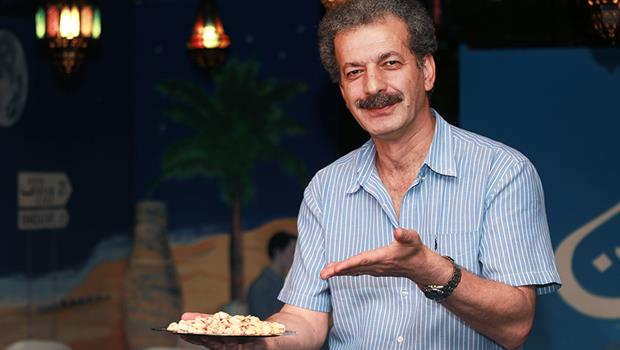 他露一手廚藝,好吃燉茄子讓人驚呼:伊朗男人不是不做飯的嗎?