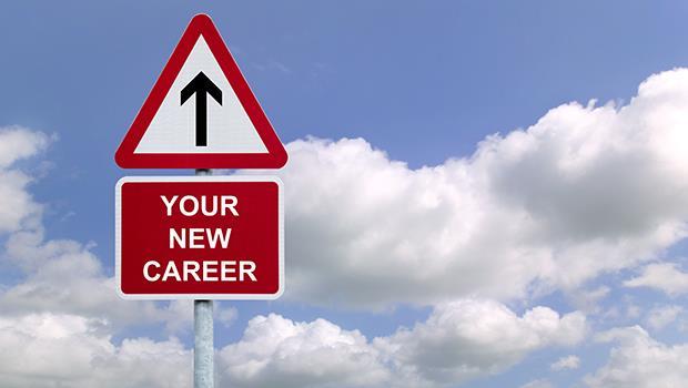 獵人頭的真心建議:在同一個產業中跳槽,3年內不要換工作