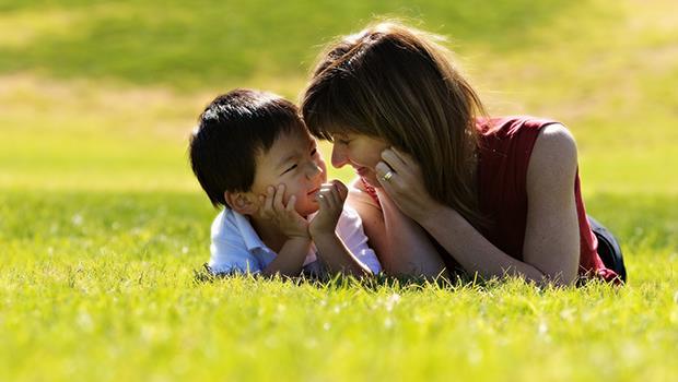 一個12歲亞斯柏格小孩問媽媽:「我是妳夢想中的孩子嗎?」他的母親這樣說...