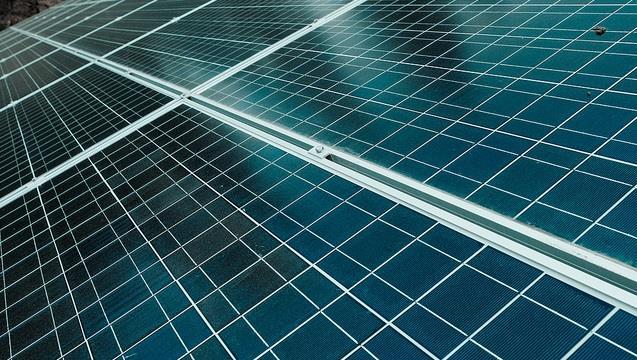 又是中國害的!?夏普的太陽能事業為何從世界第一,變成郭董的拖油瓶?