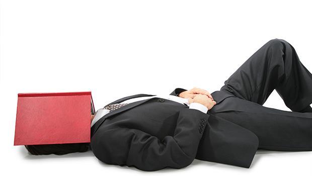 請特休假不是享權利,而是盡義務!日本心理醫師教你「不執著」工作術