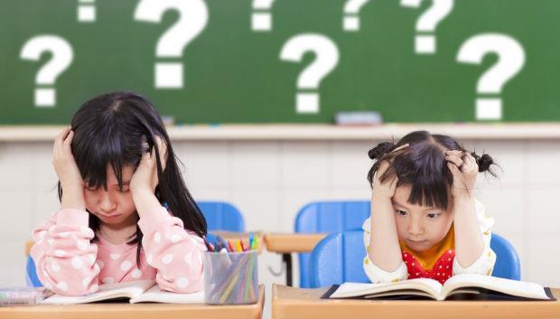 明明是免試入學,卻天天考試...楊照:台灣教育出的孩子,沒學到成長,只學會忍耐