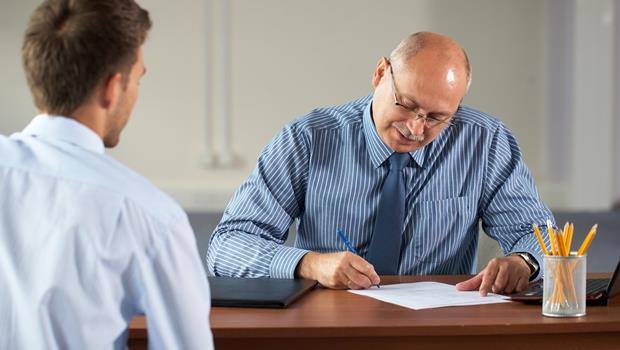 求職被問過去薪資和最大缺點.....財星500大企業人資副總裁:根本不用回答