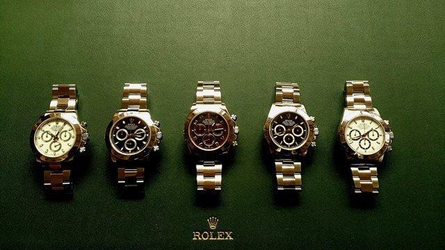 這支錶要價快40萬,可是有錢也要排「大半年」才買得到