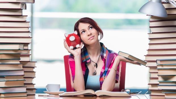 可無息分期、免手續費還能抽獎...2016年各家信用卡「繳學費」資訊總整理