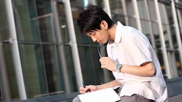 建中老師對會考作文觀察:中學生寫作矯情亂掰、套用公式是一大警訊!