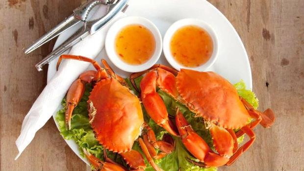 秋天吃蟹》美味人妻教你:4招挑又大又肥新鮮螃蟹!重點在...看「眼睛」