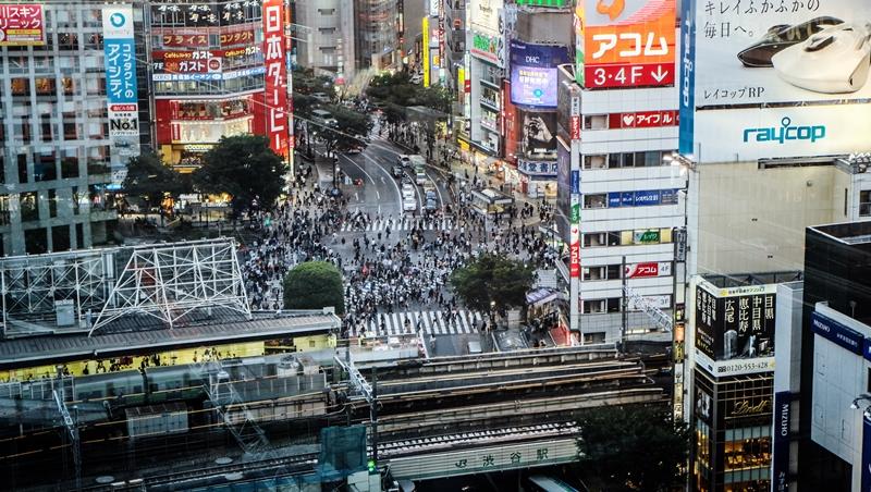 肯德基的包裝,搭電車也不用擔心味道外洩》一個台灣女生觀察:日本人把「體貼」做到什麼程度