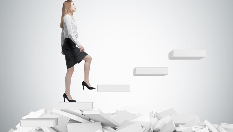 「能勝任工作」、「能獲得升遷」...這些職場常見用語,英文別只會說