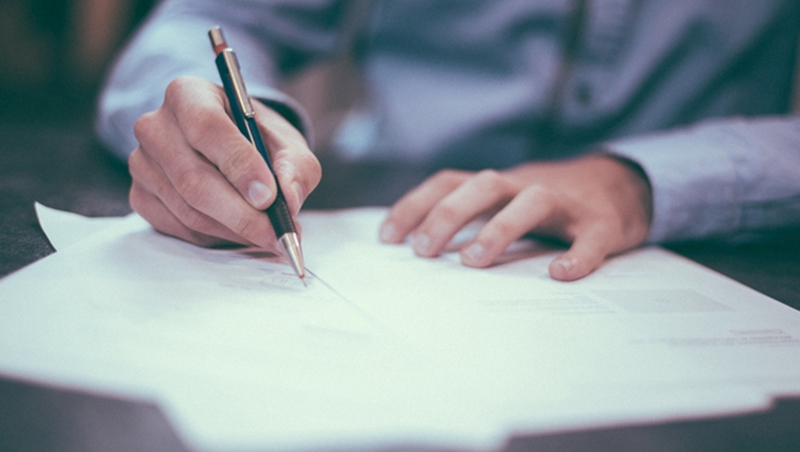750位大咖客戶調查:訂單給哪個業務?他們看這4件事