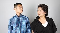 爸媽總是潑冷水、永遠得不到讚美...你是「假性孤兒」嗎?想要被愛,就是覺醒的開始