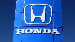 從修車工人到億萬富翁...HONDA汽車創辦人:在社會打滾,學會跟不同個性的人相處,才有價值