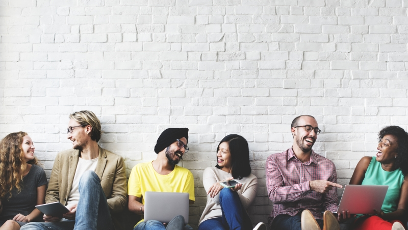 華頓商學院畢業生、頂尖MBA申請顧問:台灣人用英文「社交」,最該注意的5件事