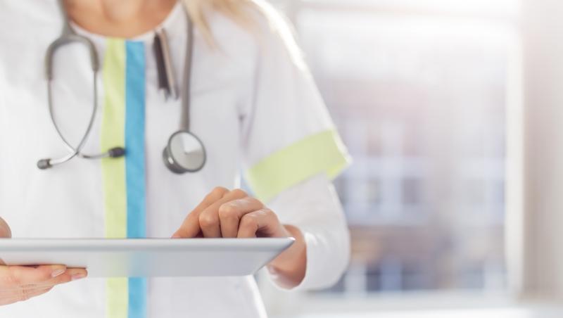 哈佛研究證實:被男醫師診治後...病患30天內死亡與再次住院機率,都比女醫師高!