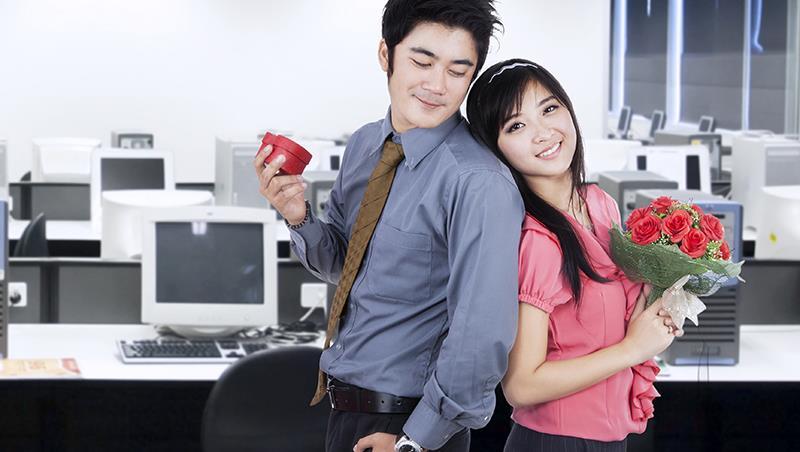 一段辦公室戀情害公司虧損一億、陣亡一位副總...感情不是兩個人的事,而是全公司的事