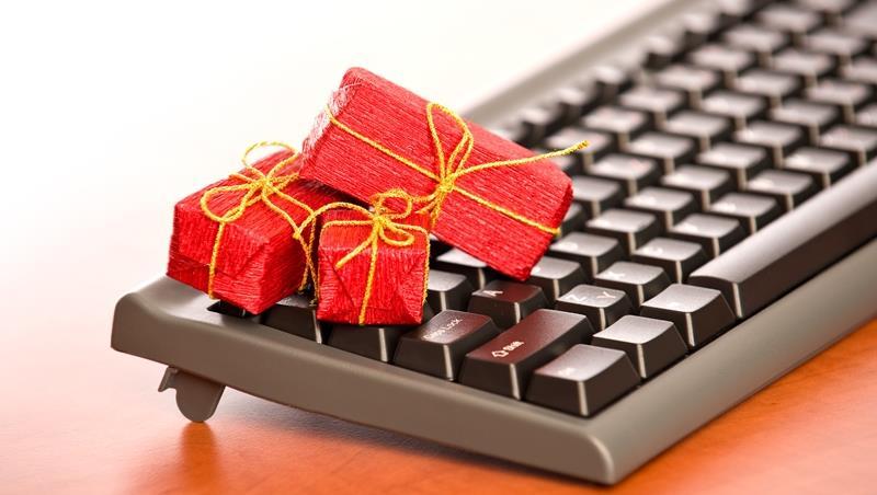 職場送禮藝術》禮品上面別刻名字!不知道對方喜好時,該怎麼挑禮物才加分?