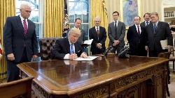 川普簽了 美撤出TPP