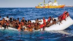 救命!我們正在下沉⋯⋯義大利難民島悲劇直擊