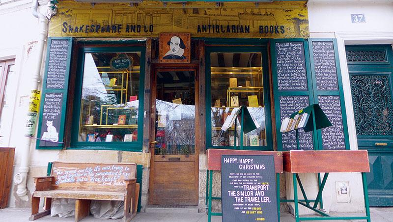 納河左岸的「莎士比亞書店」是全球獨立書店的典範,也是各地文青的巴黎必訪景點。