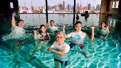 亞洲唯一潛水飯店 冰球桿王轉型豪賭