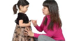 孩子10歲時強迫她,好過20歲悔恨一生...猶太媽媽:讓孩子自由成長,不是尊重,是放縱