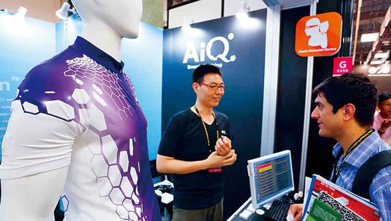 南緯是國內最早投入智慧衣的紡織業者,為突破技術,至今砸逾新台幣2 億元研發。