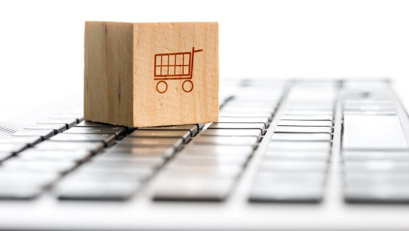 只靠年輕人在網上賣文創小物,台灣數位經濟怎會成功?!政府和企業快換腦袋
