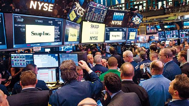 有企業獲利年增率1成撐腰,升息在即,美股依然漲很大。