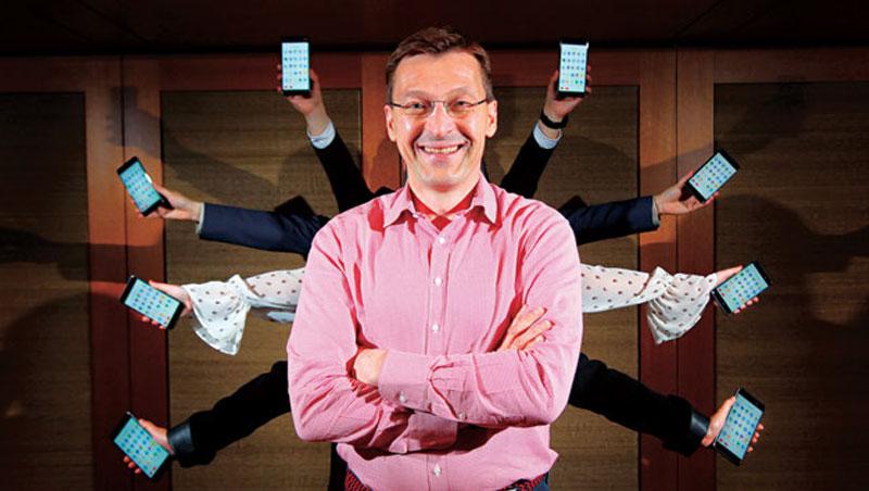 HMD 行銷長蘭塔拉來台為諾基亞新機造勢,談及Google:「我們非常緊密。」圖為新款智慧型手機Nokia 6。
