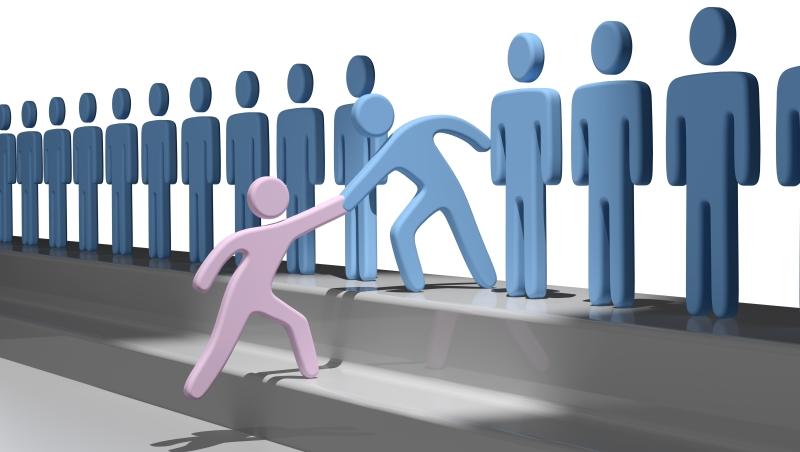 「缺工缺到能呼吸就錄取!」一個招募主管的慘痛經歷:急著找來的人,通常會逼走優秀同事