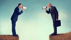 說實話的校長和講好聽話的里長...一個故事告訴你:從不缺說真話的人,但缺一張會說鬼話的嘴
