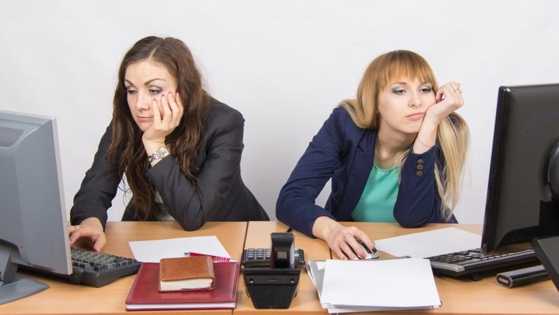 員工的熱情幹勁,都是在主管面前裝的...一個前任女總經理:「辦公室桌面」騙不了人