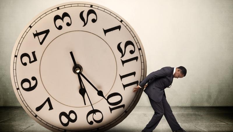 「達到目的」英文不要只會說achieve!5個關鍵多益必考單字,教你掌握時間管理小技巧