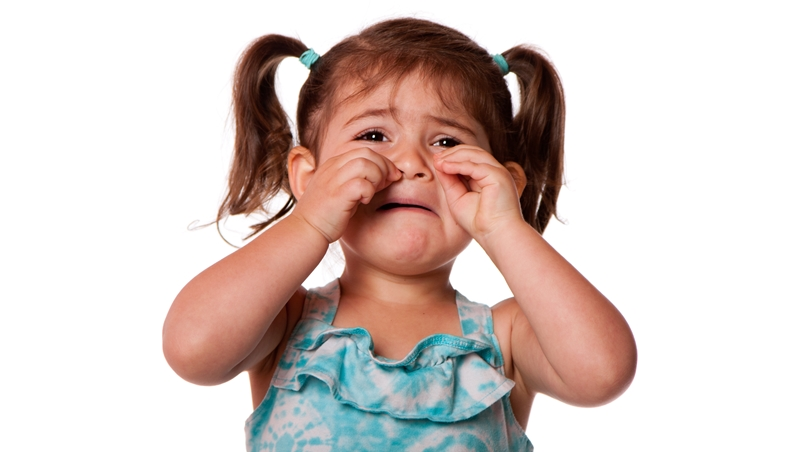 「孩子是可以教的!」臉書瘋傳小女孩哭泣反省影片,其實該被教的是這些「教養魔人」