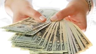 上市櫃公司將發布配股配息...大戶公開定存股的「6大條件」:窮人借錢
