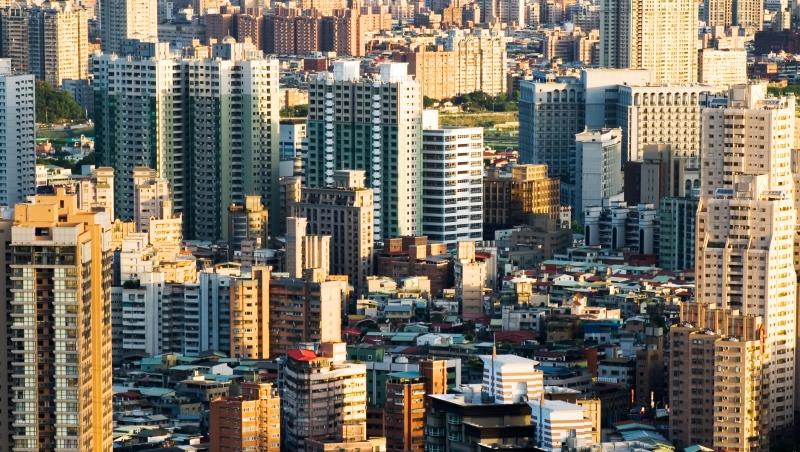 空殼族注意!未來3個月對你最重要的權益:這條法律過了,全台灣的人才有機會住到好房