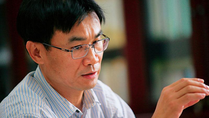陳吉仲坦言農委會因資源龐大,舊勢力盤根錯節,「沒到第一線,都不知道問題出在哪裡。」新政策難推,KPI 也就難訂。