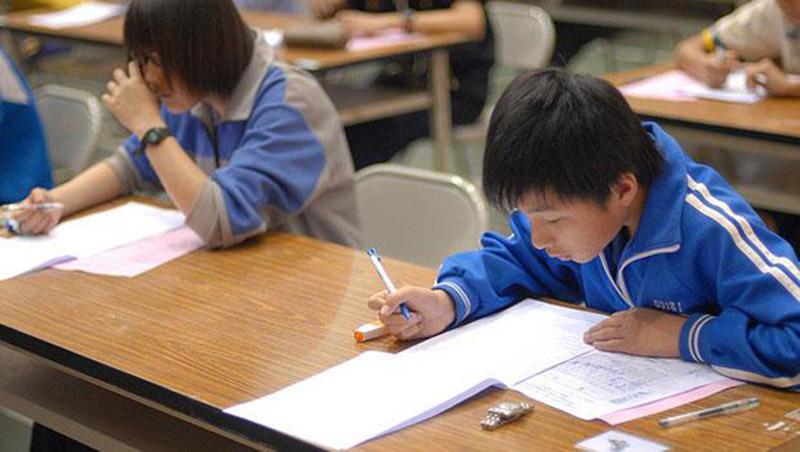 90%的作文都長得一樣!台灣用全世界最久的時數,教出只會「起承轉合」的學生