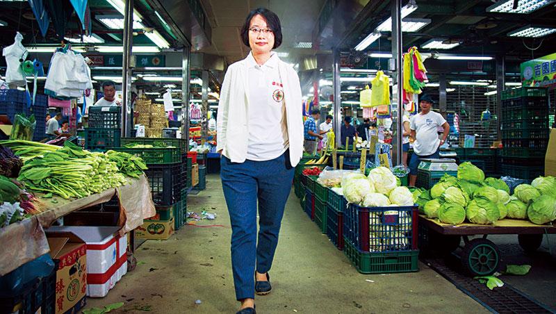 憨膽的吳音寧,成為北農成立43年來第1位也是最年輕的女性總座,未來要如何在這猶如叢林的複雜之地生存,吳音寧說她不會讓既定印象恐嚇自己。