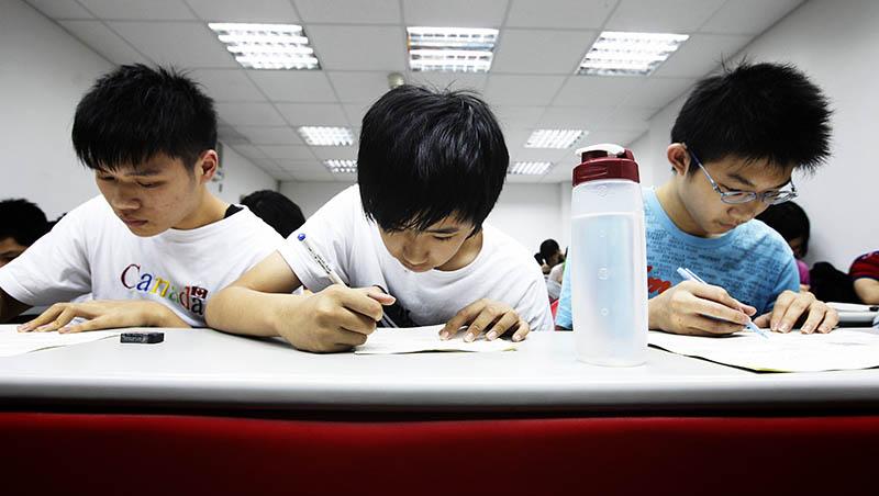 台灣教育困境》沒娛樂、課外活動才考出滿級分,其實連「很會讀書」都稱不上