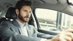 """主管要你擔任""""driving seat"""",跟「駕駛座」無關!用在職場上的隱含意思是..."""