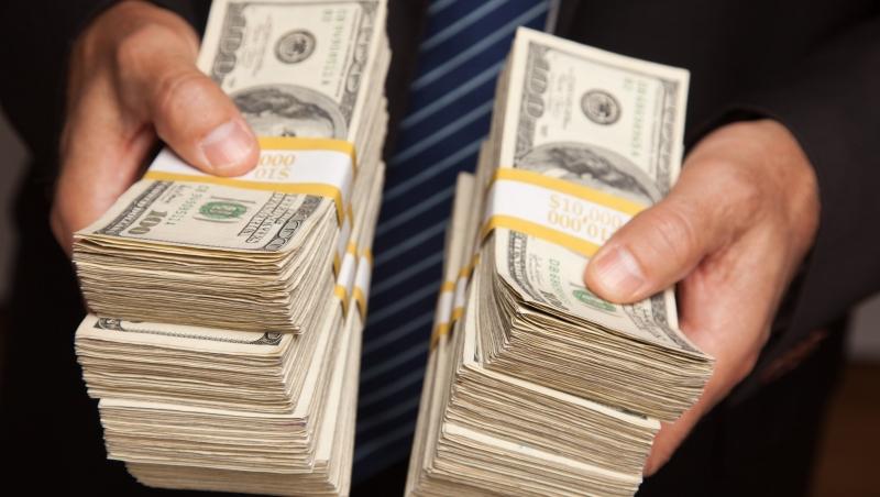 下半年,台美股將「漲多拉回」!大戶:投資人快囤現金,賺到這波就夠了