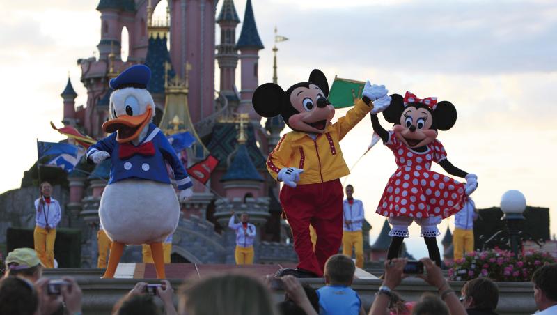 迪士尼總教頭 一招激發5.9萬人服務魂