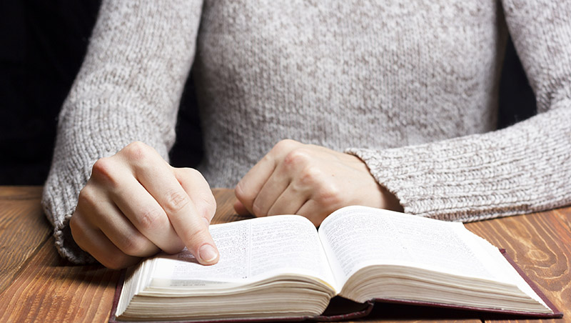 讀幾本書,就說讀書沒有用;失戀一兩次,就說世間無真愛...人生別只走一小段路,就以為到終點