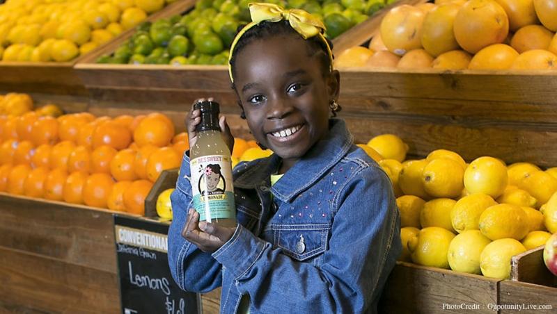 4歲創業、10歲拿到百萬台幣的投資!美國這個12歲小女孩,靠「秘密配方蜂蜜檸檬水」成為CEO